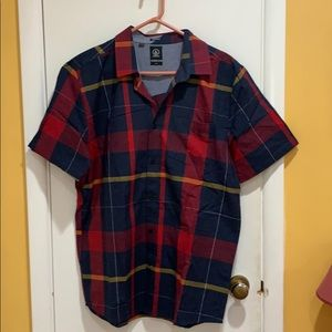 Men's Volcom  plaid shirt, new without tags !